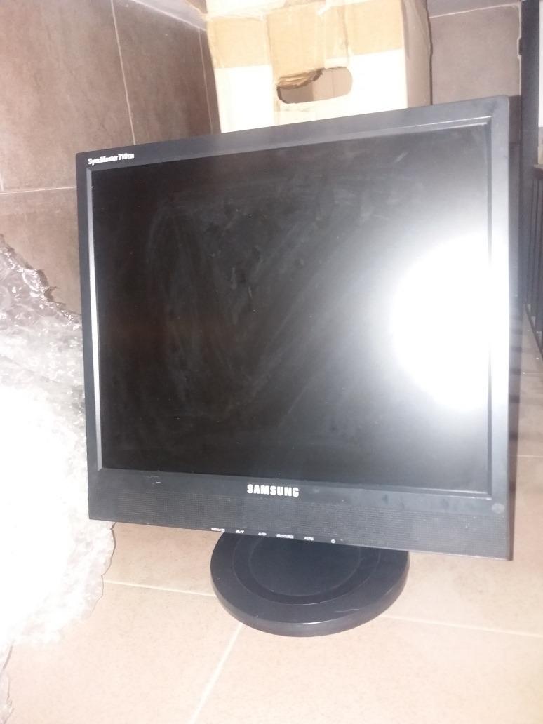 Monitor Samsung Syncmaster 710tm Lcd Nuevo Original - Bs. 2.000.000,00 en Mercado  Libre