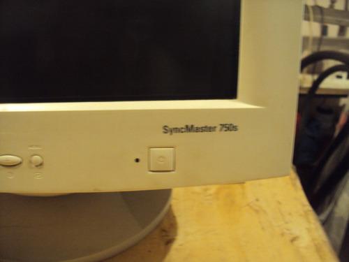 monitor samsung syncmaster 750s