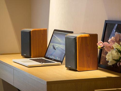 monitores estudio edifier r1010bt bluetooth color madera