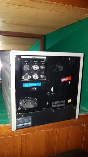 monitror de campo marca sony trinitron modelo pvm-8040