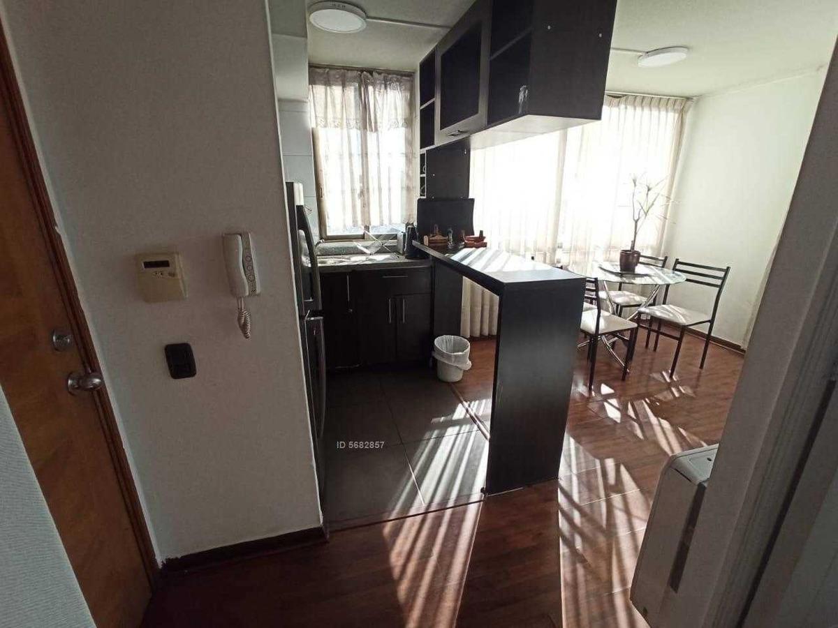 monjitas 744, centro histórico de santiago, piso 2 y 16