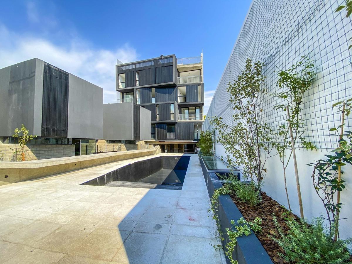 mono | patio | opc coch | amenities