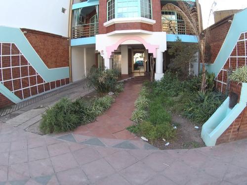 monoambiente 45m2 divisible con cochera y terraza  propia