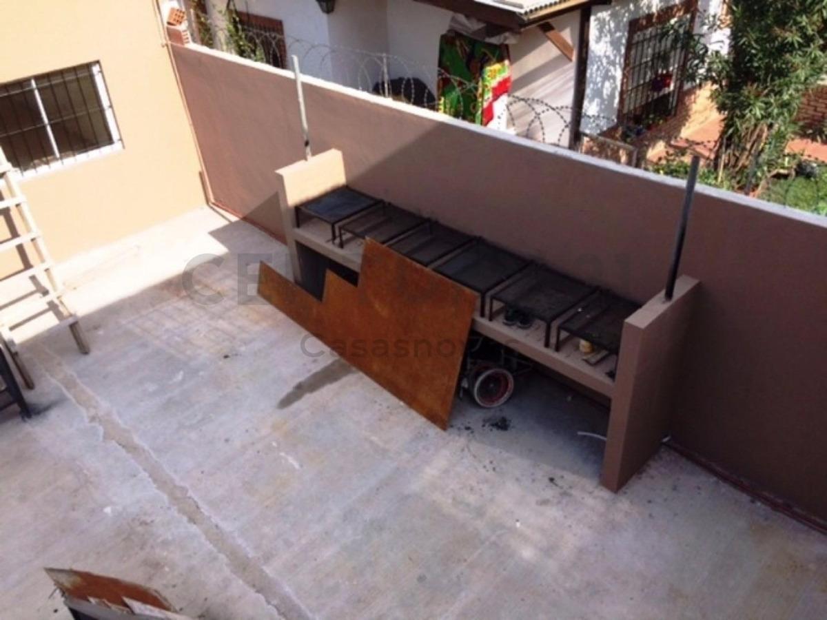 monoambiente a estrenar con cocina y baño aparte, patio comun con parrillas