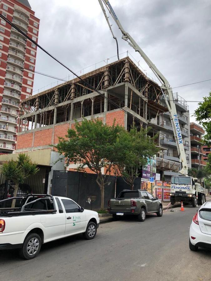 monoambiente a estrenar de 39 m2   7 m2 de balcón, excelente calidad de construcción.