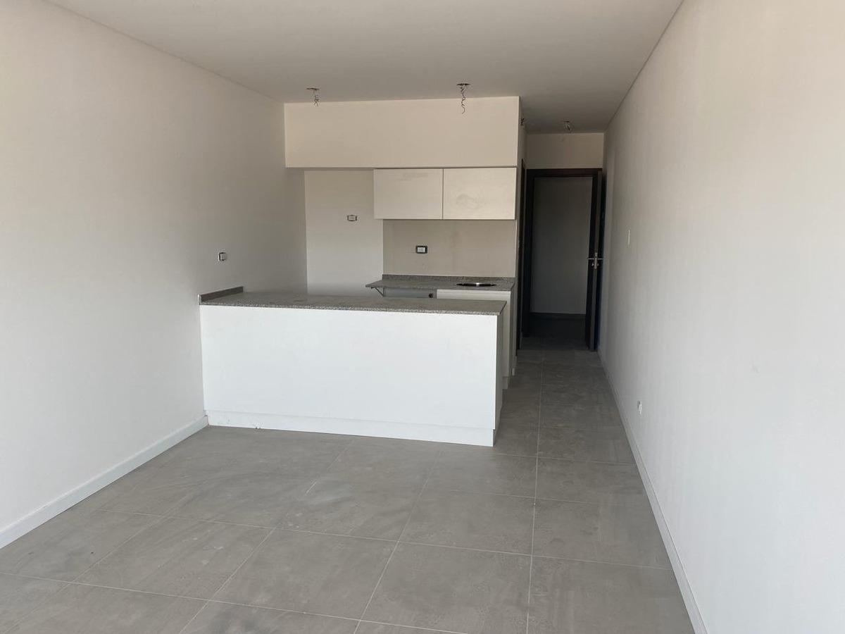 monoambiente amplio y funcional - edificio con psicina y parrillero - espacio coworking - echesortu