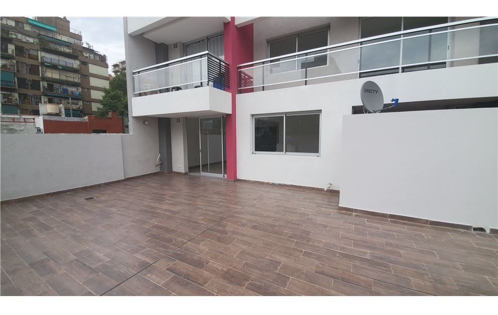 monoambiente balcón amenities pileta sum parrilla