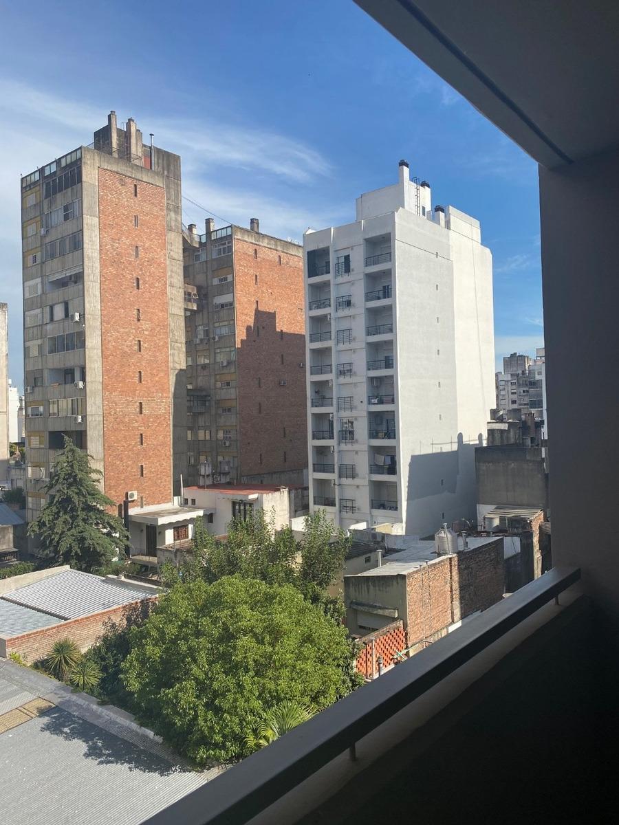 monoambiente con balcon a estrenar - centro de rosario - amenities en terraza