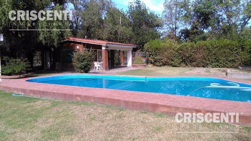 monoambiente con gran terreno y piscina en funes