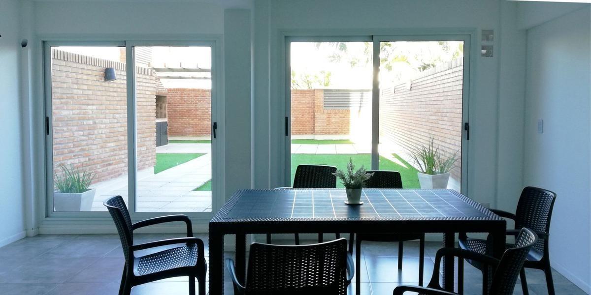 monoambiente con patio   amenities