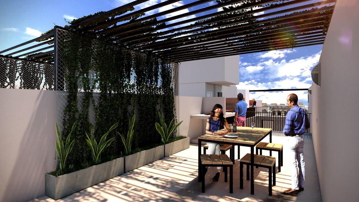 monoambiente con patio en planta baja - amplio financiacion / ideal inversion