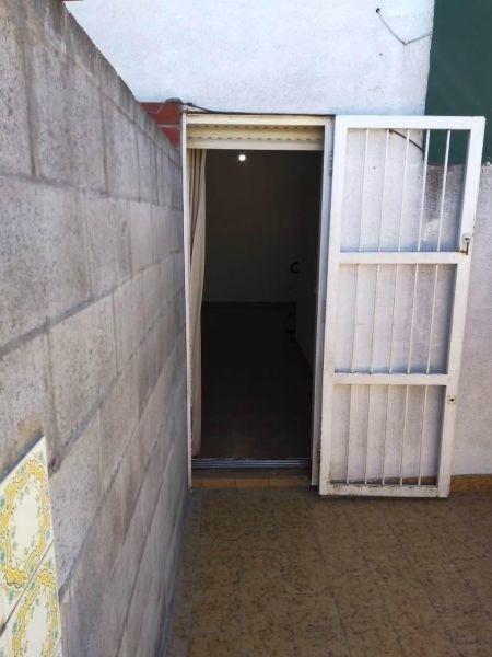 monoambiente con patio propio- primer piso por escaleras