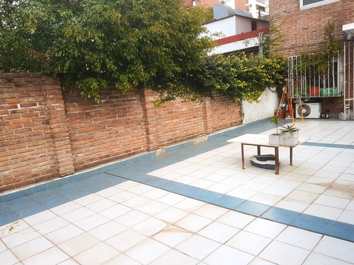 monoambiente dividido con patio, l.m. campos y zabala