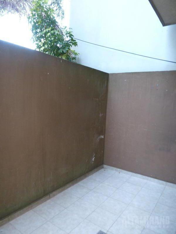 monoambiente en planta baja con patio!