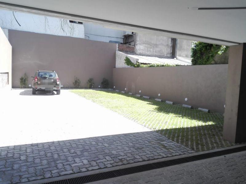 monoambiente en venta con balcón. financiacion