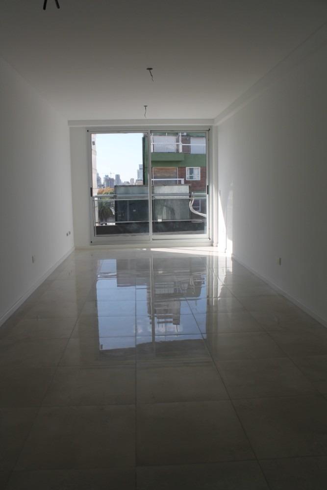 monoambiente luminoso piso alto en palermo