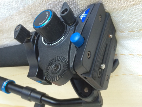 monopé de vídeo benro - carga de 6kg - carbono