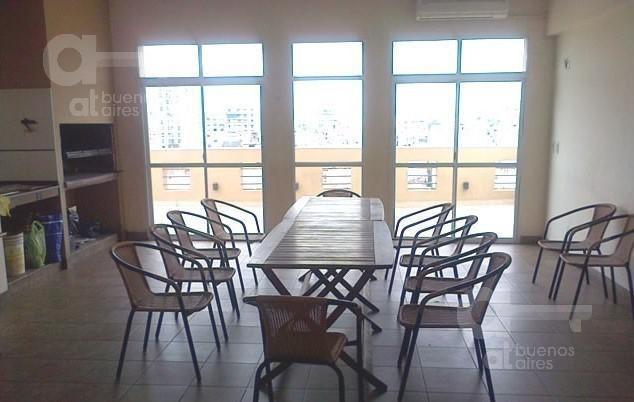 monserrat, 2 ambientes con balcón y amenities, alquiler temporario sin garantía