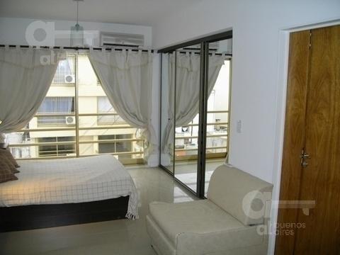 monserrat. moderno loft con amenities. alquiler temporario sin garantías.