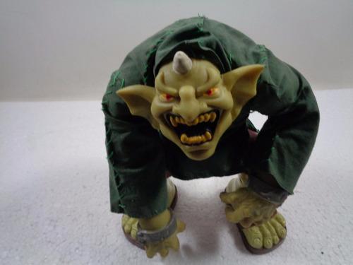 monstro quasímodo - antigo
