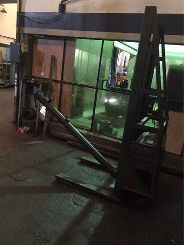 montacarga 500kg movil autoelevador