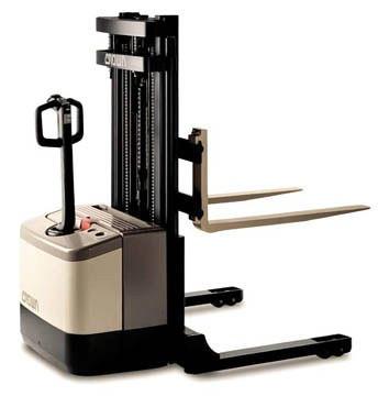 montacarga electrica apilador electrico crown ws2000