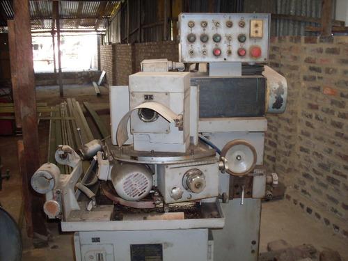 montacarga   y otras maquinas