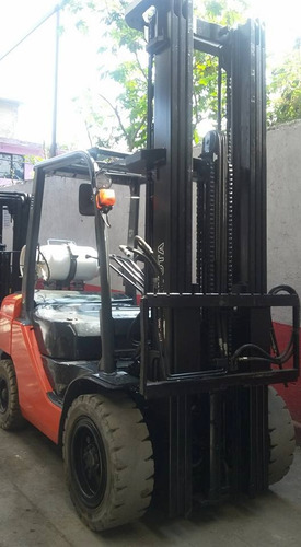 montacargas 2014 toyota 6000 lb $329,000 excelente seminuevo