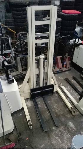 montacargas apilador electrico crown para 1 tonelada
