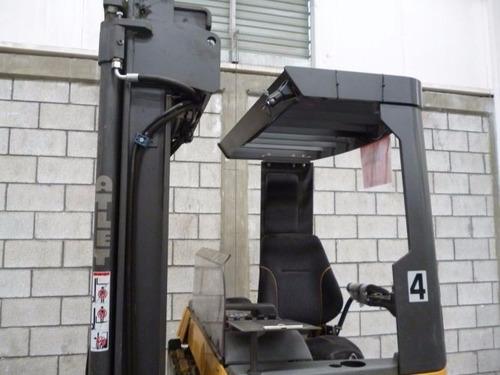 montacargas atlet pasillo angosto 2007 electrico 4400 lb