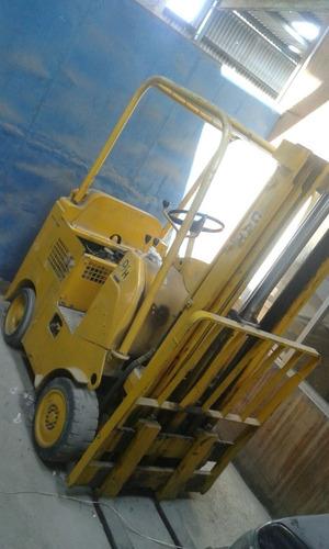 montacargas cat 2.0 toneladas