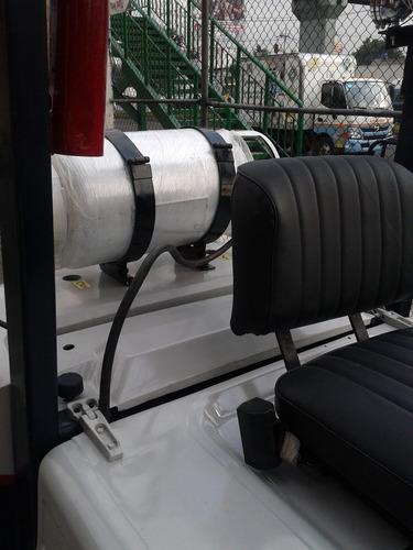 montacargas komatsu de 5,000 lbs