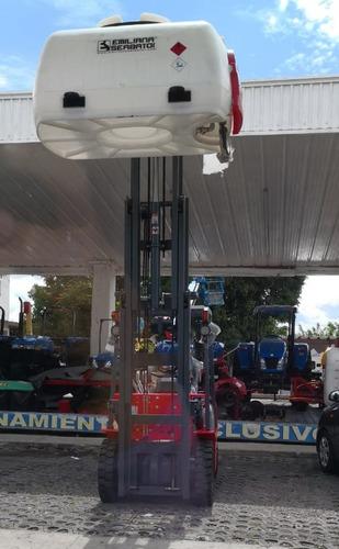 montacargas marca jac 2.5 ton triplex gasolina / gas l p