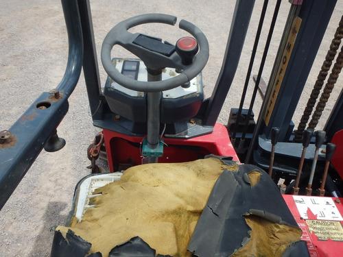 montacargas moffet m3 2.045 ton.  folio 9077