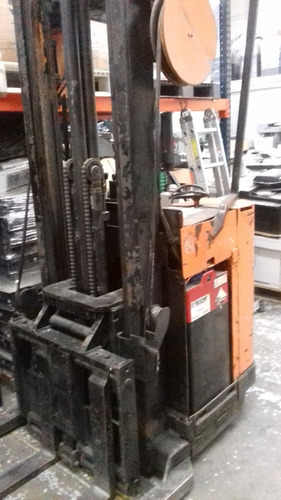 montacargas raymond 020-r30tt