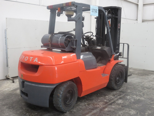 montacargas toyota 2013 gas lp 9000 lb modelo 7fgku40
