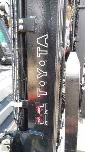 montacargas toyota 5,000 lbs (seminuevos)