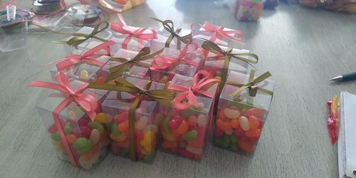 montaje de mesas de dulces personalizadas para tus eventos