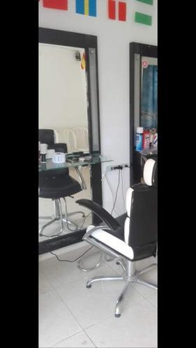montaje para barberia o peluqueria