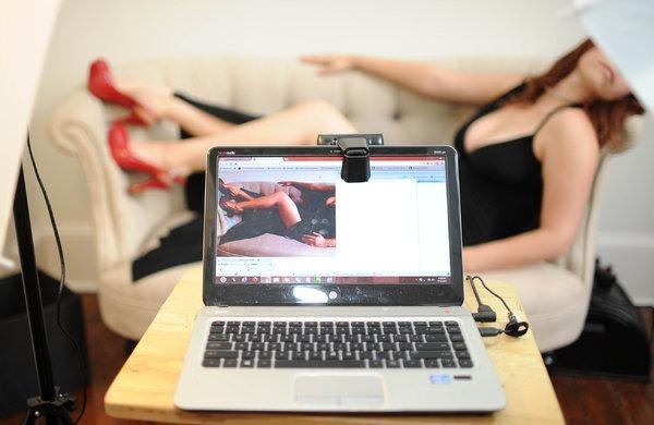montaje y asesoría para estudio webcam para 9 modelos
