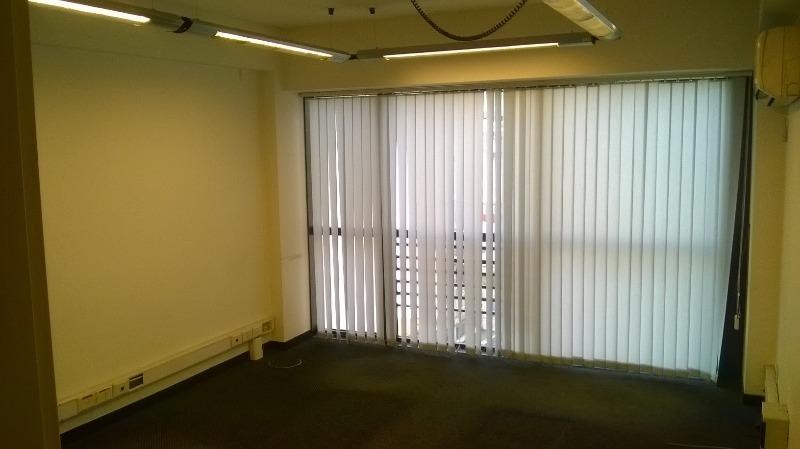 montevideo 400 - tribunales - oficinas planta dividida - venta