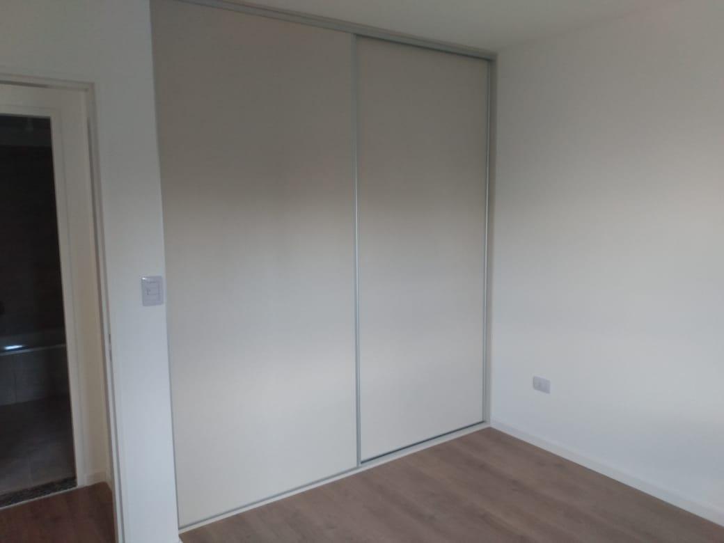montevideo 477-departamento 1 dormitorio con patio-calidad bbz
