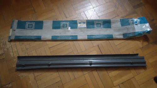 monza 93/94 - 4 portas soleira  porta cinza esquerda dian