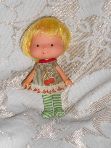 moranguinho boneca antiga da estrela