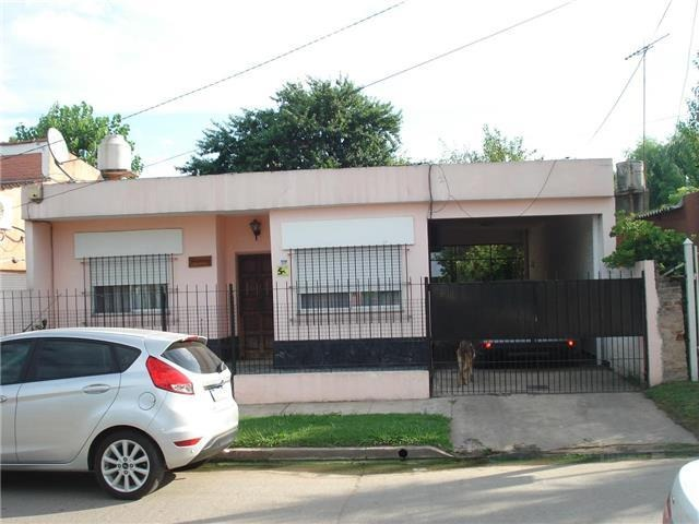 moreno 1500 - villa rosa - casas casa - venta