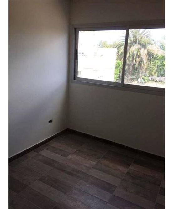 moreno 2 amb c/coch y patio a estr -u$s25.000+cuot