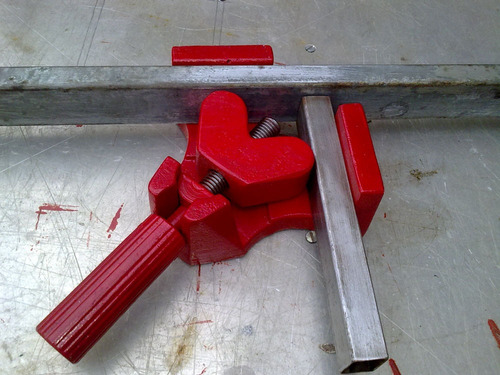 morsa grampo angular p/ soldar tubos metalon em 90 graus