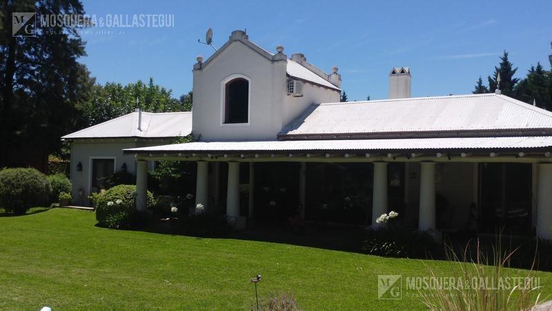 mosquera y gallastegui - impecable casa en farm club