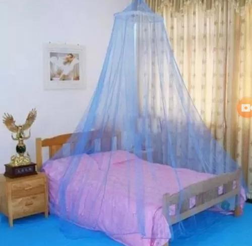 mosquitero para cuna o cama infantil.
