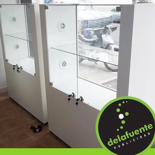 mostradores estanterias vitrinas instalaciones comerciales